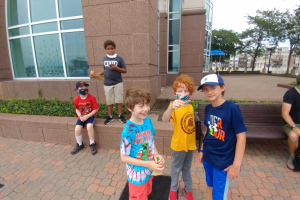 Geocaching in Federal Hill - August 2021